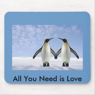 Love Penguins Mouse Pad