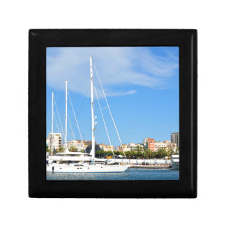 Love sailing gift box