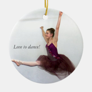 Love to dance! round ceramic ornament