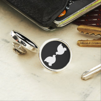 Lovebirds / Round Lapel Pin, Silver Plated Lapel Pin