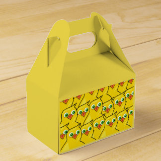 Lovely Bright Yellow Easter Chickens Favor Box
