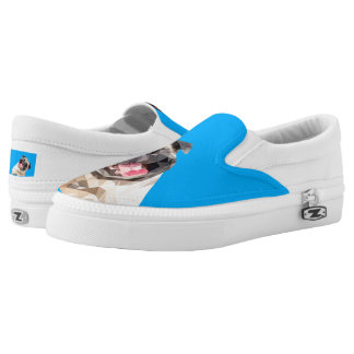 Lovely mops dog Slip-On sneakers