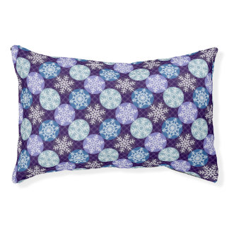 Lovely Violet and Blue Snowflakes Winter Pattern Pet Bed