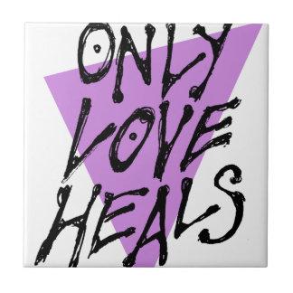 LOVES-HEAL TILE