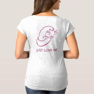 Loving Giraffes Maternity T-Shirt Baby shower gift