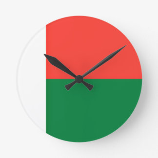 Low Cost! Madagascar Flag Round Clock