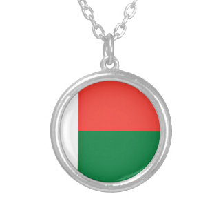 Low Cost! Madagascar Flag Silver Plated Necklace