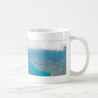 Lucas 21-33 Horizontal con Oahu desde el Aire Coffee Mug