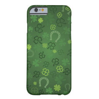 Lucky four leaves clovers pattern - Patrick day Barely There iPhone 6 Case
