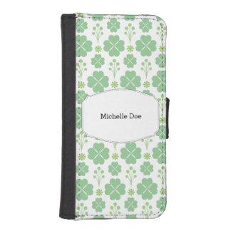 Lucky Green Modernist Shamrock Irish iPhone SE/5/5s Wallet Case