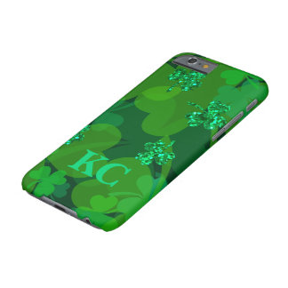 Lucky Sparkling Shamrocks - Clovers All Over Barely There iPhone 6 Case