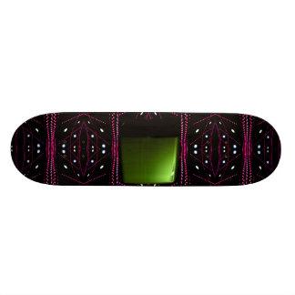 Lumières courantes de vin rouge et planche à skateboard customisable