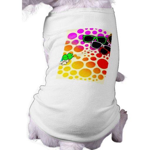 lunettes de soleil de couleurs de à petits pois de t-shirts pour animaux domestiques