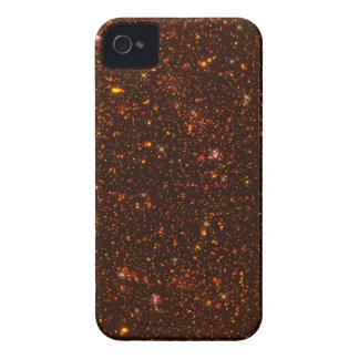 L'univers avec des étoiles d'or et de rouge coques iPhone 4 Case-Mate