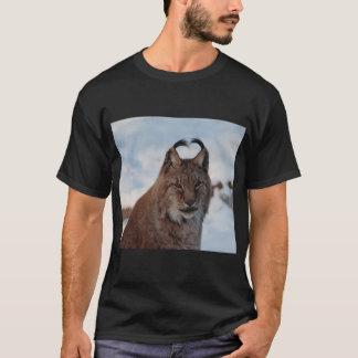 Lynx in snow t-shirt