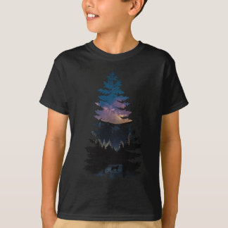 Lynx in the Pines under a Starry Night T-Shirt