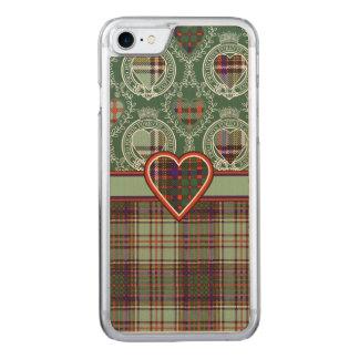 MacAndrew clan Plaid Scottish kilt tartan Carved iPhone 8/7 Case