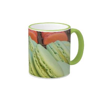 Macaron de Pistacchio de Paris Mug Ringer