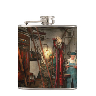 Machinist - Government approved 1919 Hip Flask