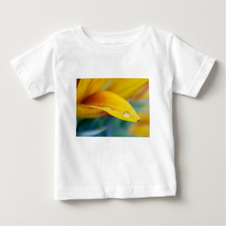 Macro drop on the sunflower petal baby T-Shirt