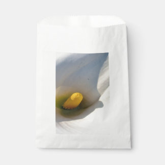 Macro of A Calla Lily With Shadows Favour Bag