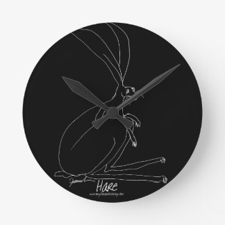 magic hare round clock