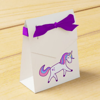 Magical Unicorn with Pink, Purple, and Blue Mane Favor Box