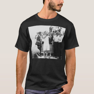 Magician Harry Houdini Overboard Box Escape 1912 T-Shirt