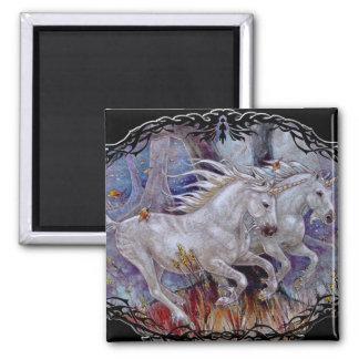 Magnet - Unicorn Autumn Run