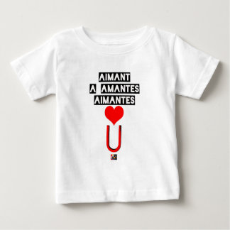Magnet with loving lovers - Word games Baby T-Shirt