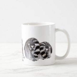 Magnetic cup of waokitsunezaru