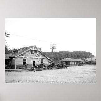 Magnolia, Mass. Train Station, 1906 Poster