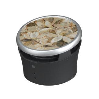 Magnolia Simplicity Cream Bluetooth Speaker