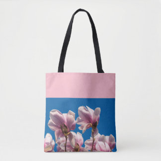 Magnolia tree tote bag