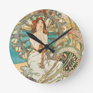 Maiden in Prayer Round Clock