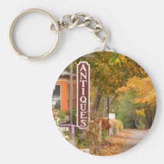 Mainely Antiques keychain