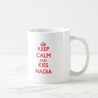 Maintenez calme et baiser Nadia Mug Blanc