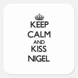Maintenez calme et baiser Nigel Sticker Carré