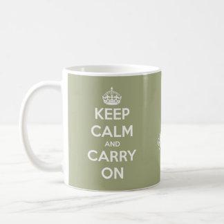 Maintenez calme et continuez le vert sauge mug