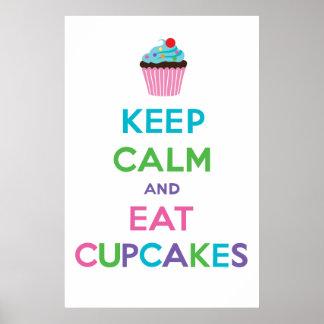 Maintenez calme et mangez le ll de petits gâteaux poster