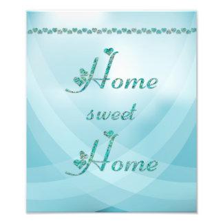 Maison douce à la maison de turquoise avec des impressions photo