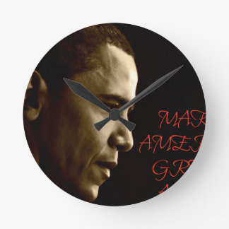 MAKE AMERICA GREAT AGAIN OBAMA ROUND CLOCK