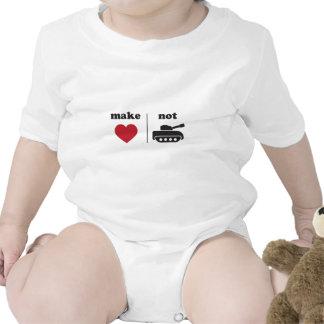 Make love Not war Tee Shirt