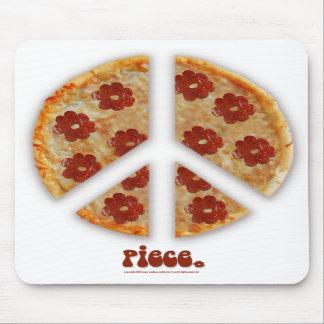 """""""Make Pizza, Not War"""" Mousepad"""