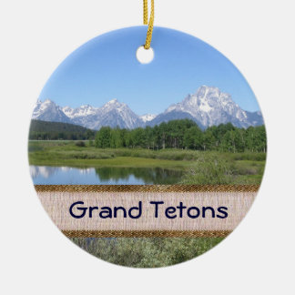 Make Your Own Scenic Christmas Ornament