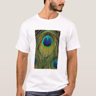 Male peacock tail feathers T-Shirt