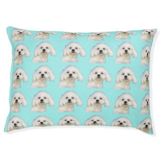 Maltese puppy pet bed