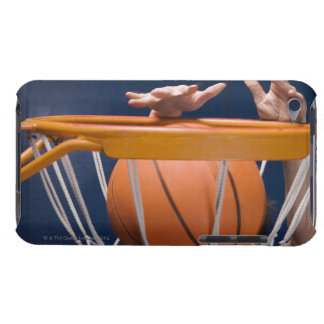Man dunking basketball iPod touch Case-Mate case
