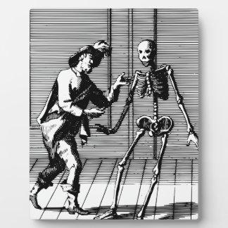 Man Proposing to a Skeleton Plaque