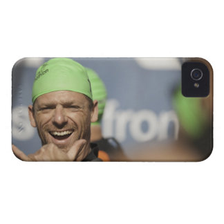 Man wearing swimming cap at starting line of Los iPhone 4 Cover